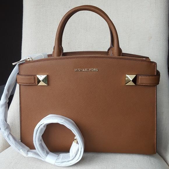 NWT Michael Kors MD Karla satchel brown bag purse Boutique